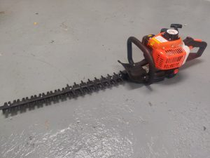 "Warrior 24"" Hedgetrimmer"